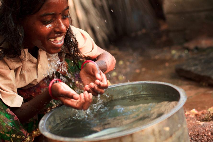 Biofoam-Clean-Water-India-889x592